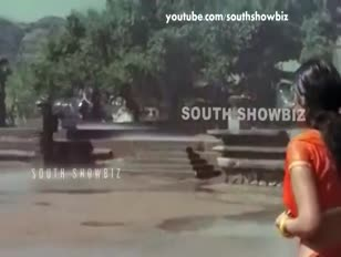 Shriya saran mangues de montagne rouge dans saree humide - youtube 360p
