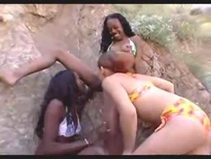 Images porno des africaine en string