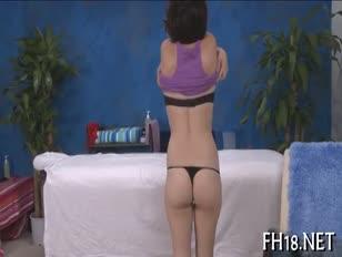 Vidéos pornos de massage